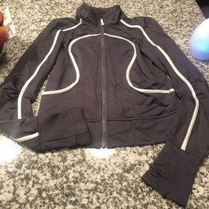 Lululemon like new grey and white jacket size 6